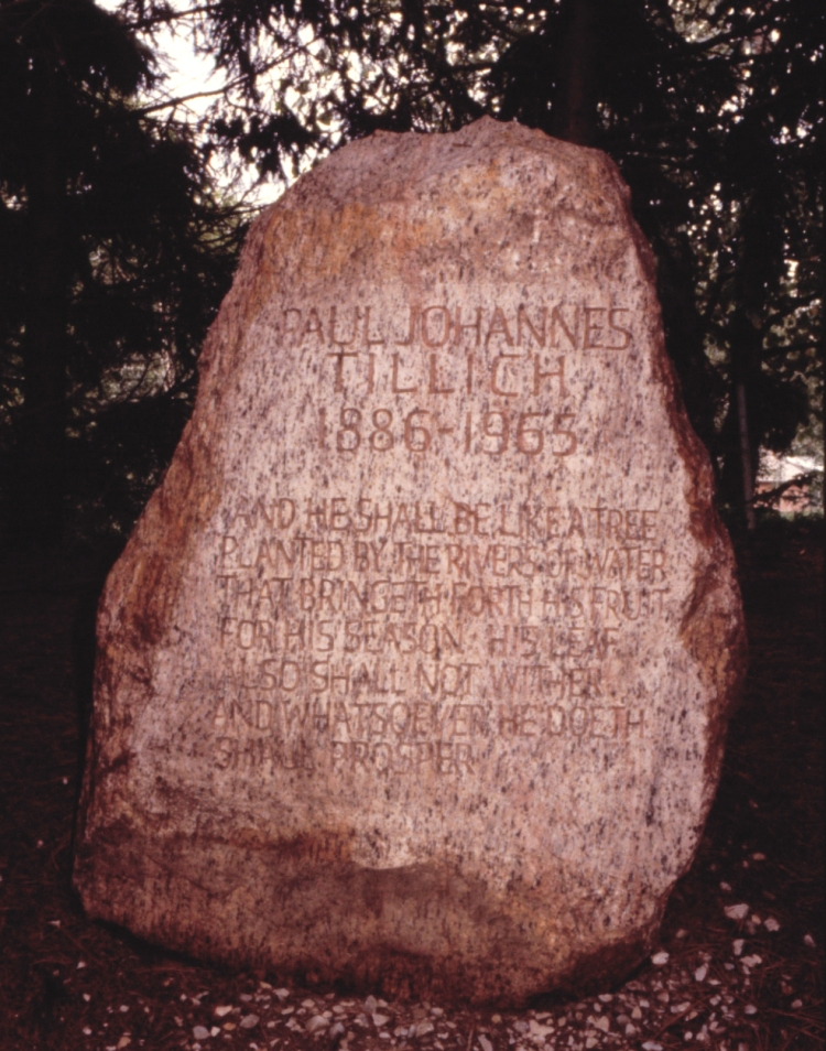 471px-paul_johannes_tillichs_gravestone_in_the_paul_tillich_park_new_harmony_indiana